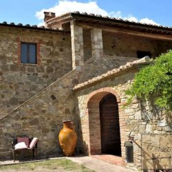 Val d'Orcia Farmhouse for Sale image 14