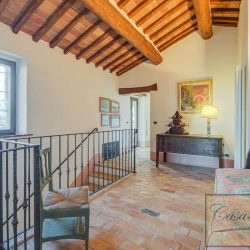 Val d'Orcia Farmhouse for Sale image 5