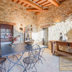 Val d'Orcia Farmhouse for Sale image 2
