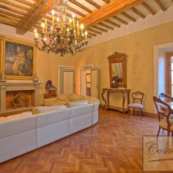 Luxury Chianti Property for Sale image 23