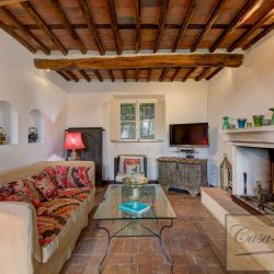 Tuscan Villa with Pool for Sale image 8