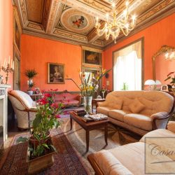 Frescoed Apartment for Sale image 8