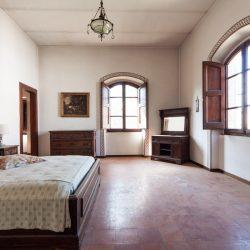 Historic Villa for Sale in Spoleto image 12