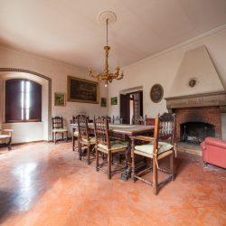 Historic Villa for Sale in Spoleto image 4