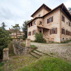 Historic Villa for Sale in Spoleto image 22
