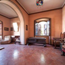 Historic Villa for Sale in Spoleto image 9
