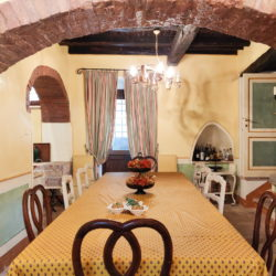 Delightful Umbrian Village House with 3 Terraces for sale (14)