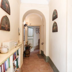 Delightful Umbrian Village House with 3 Terraces for sale (19)
