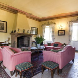 Delightful Umbrian Village House with 3 Terraces for sale (36)