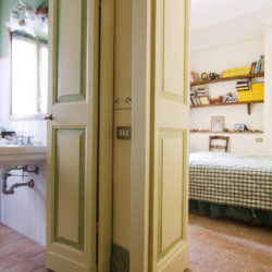 Delightful Umbrian Village House with 3 Terraces for sale (7)