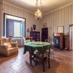 Large Historic Villa for Sale in Magione 20