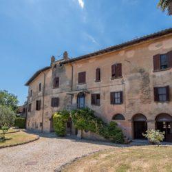 Large Historic Villa for Sale in Magione 3