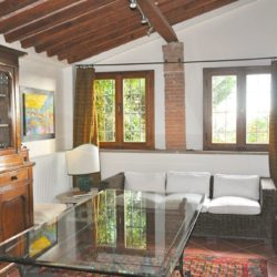 Panoramic Country House near Vicopisano 12