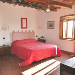 Panoramic Country House near Vicopisano 16
