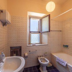 Large Historic Villa for Sale in Magione 28