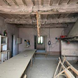Farmhouse to Restore near Castiglione del Lago 23