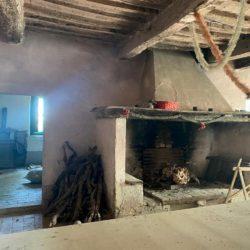 Farmhouse to Restore near Castiglione del Lago 27