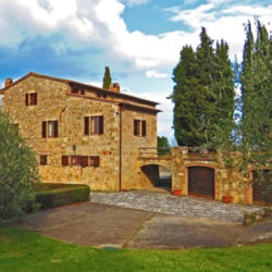 Sarteano Villa with Roman Pool and 2.5 Hectares 14