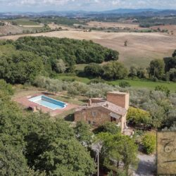 Hilltop Farmhouse Property with Olives near Montepulciano 1