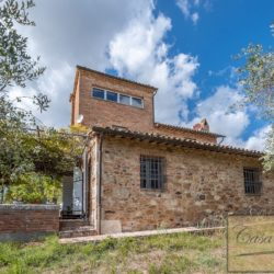 Hilltop Farmhouse Property with Olives near Montepulciano 9