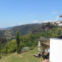 Villa with Apartments in Coreglia Antelminelli 10