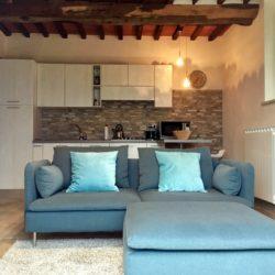 Villa with Apartments in Coreglia Antelminelli 13