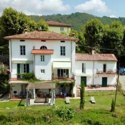 Villa with Apartments in Coreglia Antelminelli 1