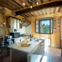 Farmhouse with Wellness Area in the Crete Senesi 54