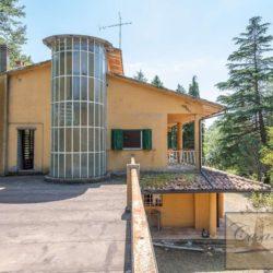 Villa to Restore Near Pienza 2