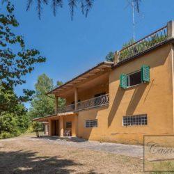 Villa to Restore Near Pienza 3