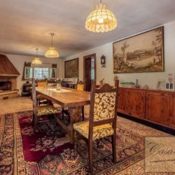 Villa to Restore Near Pienza 7