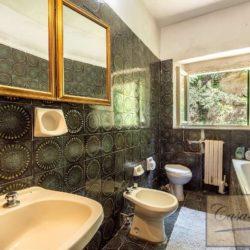 Villa to Restore Near Pienza 15