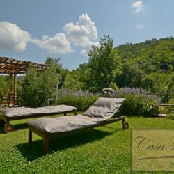 Restored Chianti Farmhouse with Infinity Pool 7