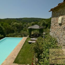 Restored Chianti Farmhouse with Infinity Pool 11