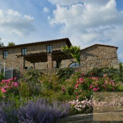 Restored Chianti Farmhouse with Infinity Pool 5