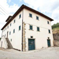 18th Century Hillside Villa with 2 Annexes 3