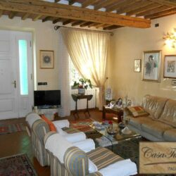 Stone Farmhouse 3km From Lucca 9