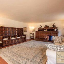 Large Val d'Orcia Estate near Pienza 25