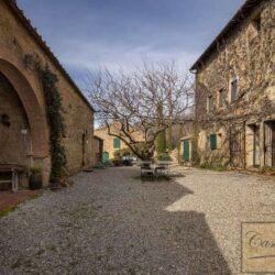 Large Val d'Orcia Estate near Pienza 9