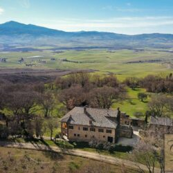 Large Val d'Orcia Estate near Pienza 3