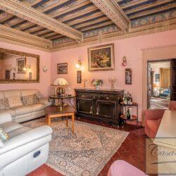 Large Historic Villa with Private Chapel near Cortona 22