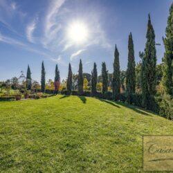 Large Historic Villa with Private Chapel near Cortona 12