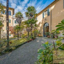 Large Historic Villa with Private Chapel near Cortona 6
