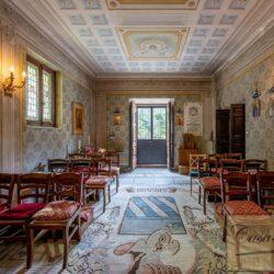 Large Historic Villa with Private Chapel near Cortona 28