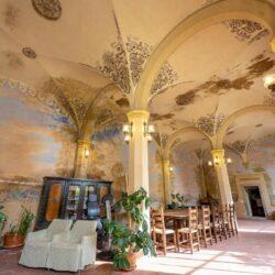 Large Historic Villa with Private Chapel near Cortona 18