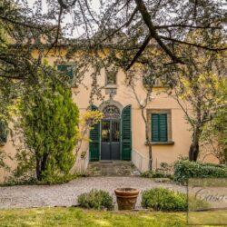Large Historic Villa with Private Chapel near Cortona 5