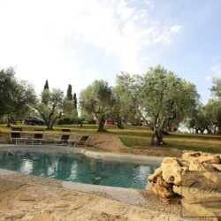 Restored Country Villa with Guesthouses and Pool 31