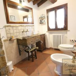 Restored Country Villa with Guesthouses and Pool 15