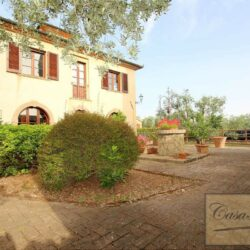 Restored Country Villa with Guesthouses and Pool 23