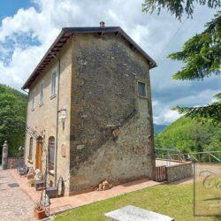 Restored Historic Farmhouse in Apuan Alps 17